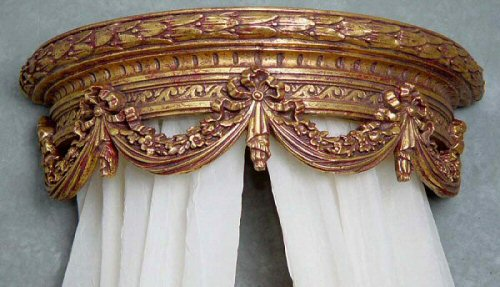 The Livorno Gilded Bed Crown